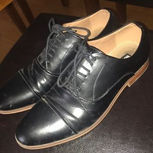 Madden dress shoes